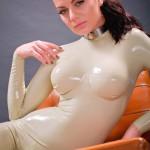 Valerie Tramell в белом