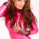 Valerie Tramell в розовом